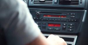 Descubre el por qué del mal olor del aire acondicionado de tu coche y como eliminarlo