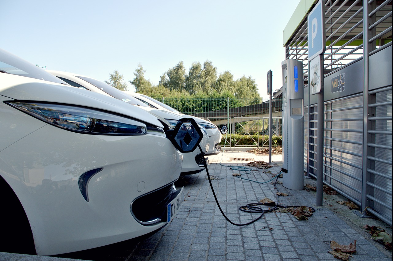 cuanto cuesta repostar un coche electrico
