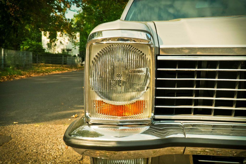 cuanto cuesta cambiar de nombre un coche en trafico