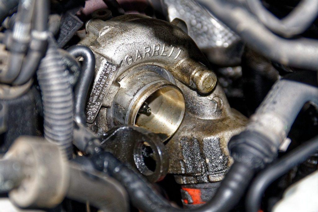 se puede viajar con el turbo roto